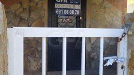 Vivienda Casa Adosada en venta en Oliva