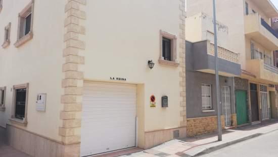 Casa Adosada en venta en Los Alcázares, Murcia