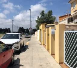 Unifamiliar Adosada en venta  en Avenida Safor Miramar Valencia