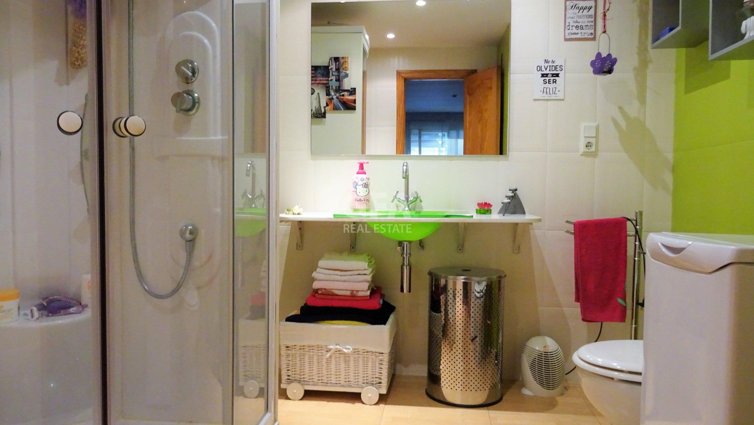 Piso en Gandía zona Corea baño equipado