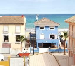 Ático en la Costa de Valencia en Miramar (Valencia)