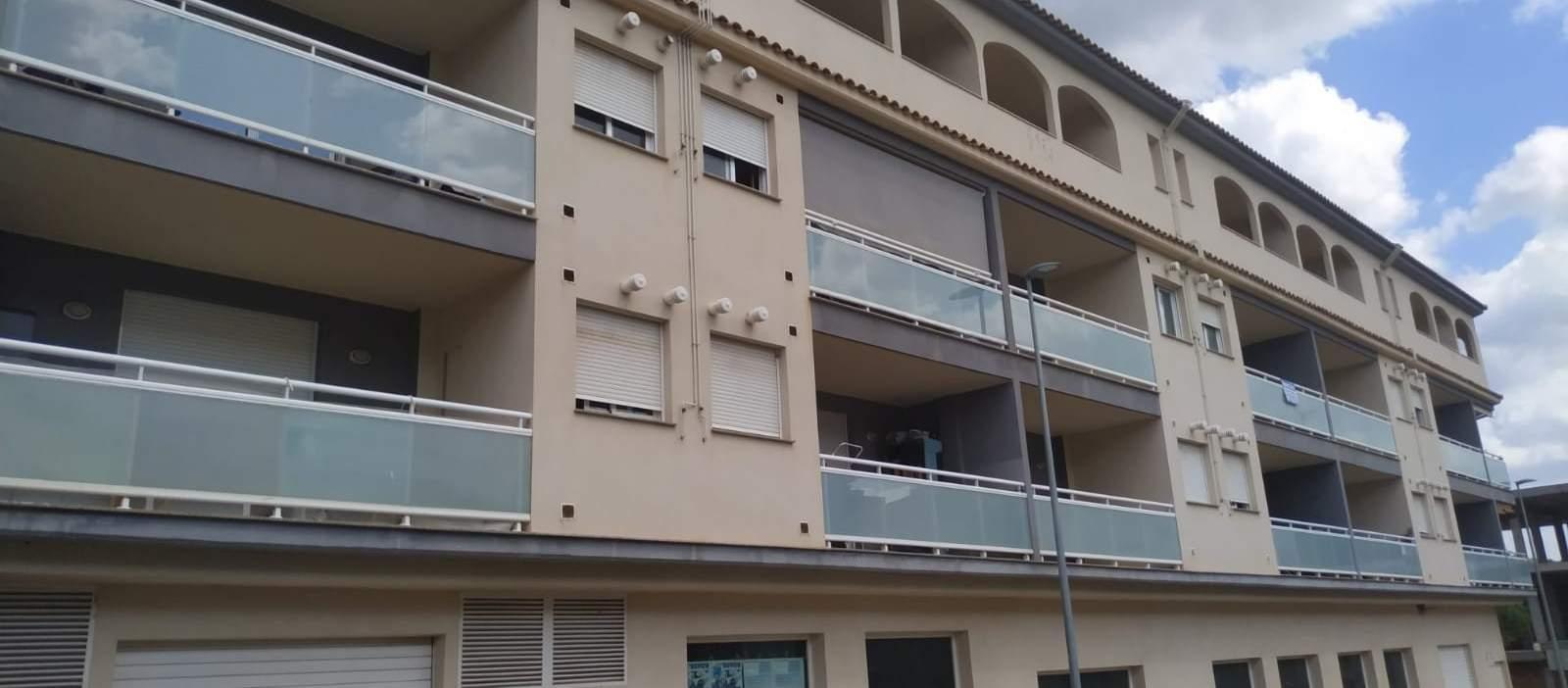 Pisos de 3 habitaciones, Duplex con terraza  y Garajes en venta en Sant Joan de Moró