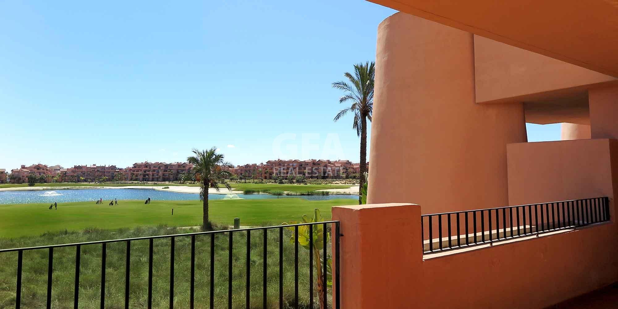 Residencial obra nueva Mar Menor Golf Resort vista terraza