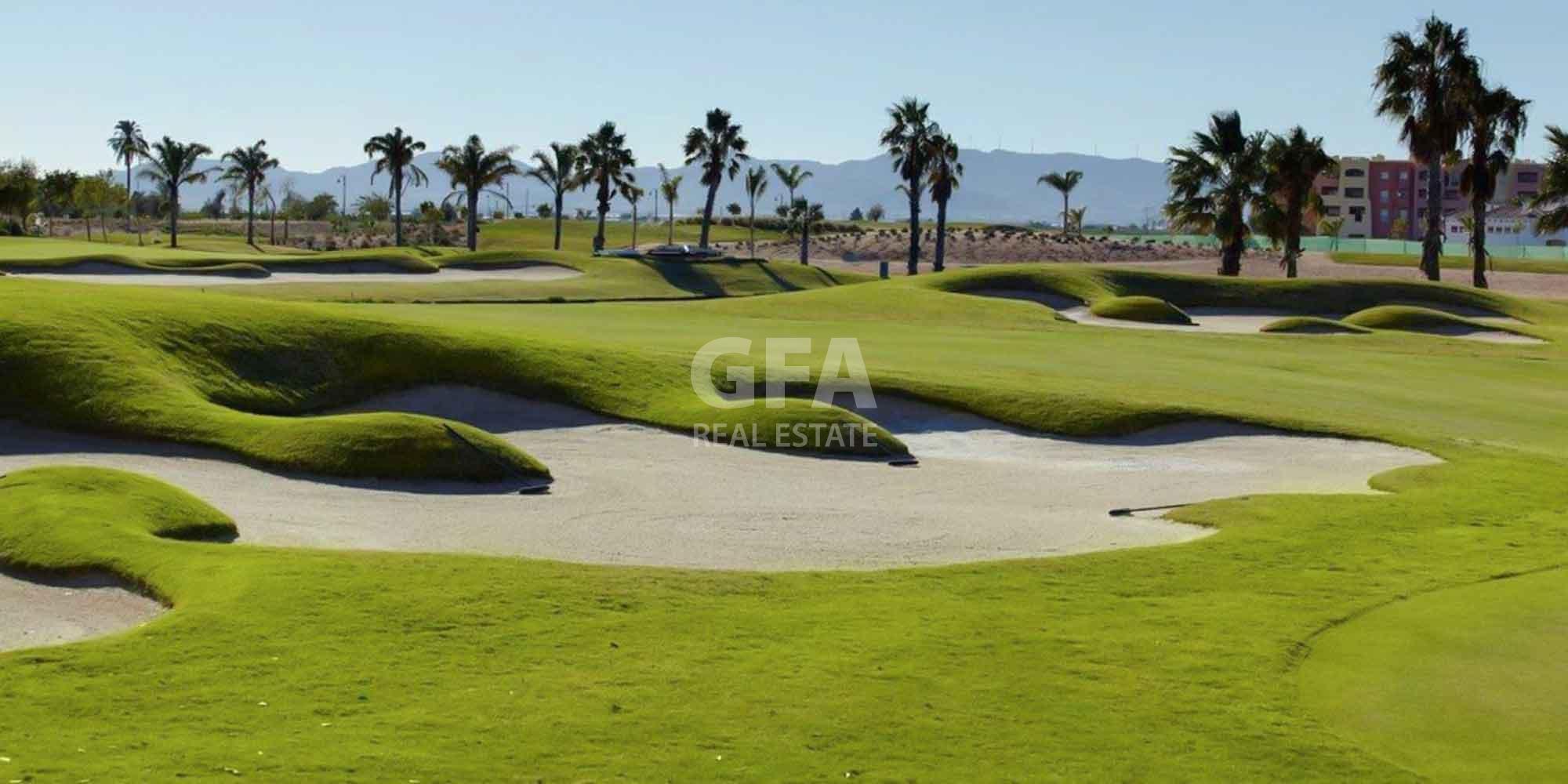 Residencial obra nueva Mar Menor Golf Resort campo de golf