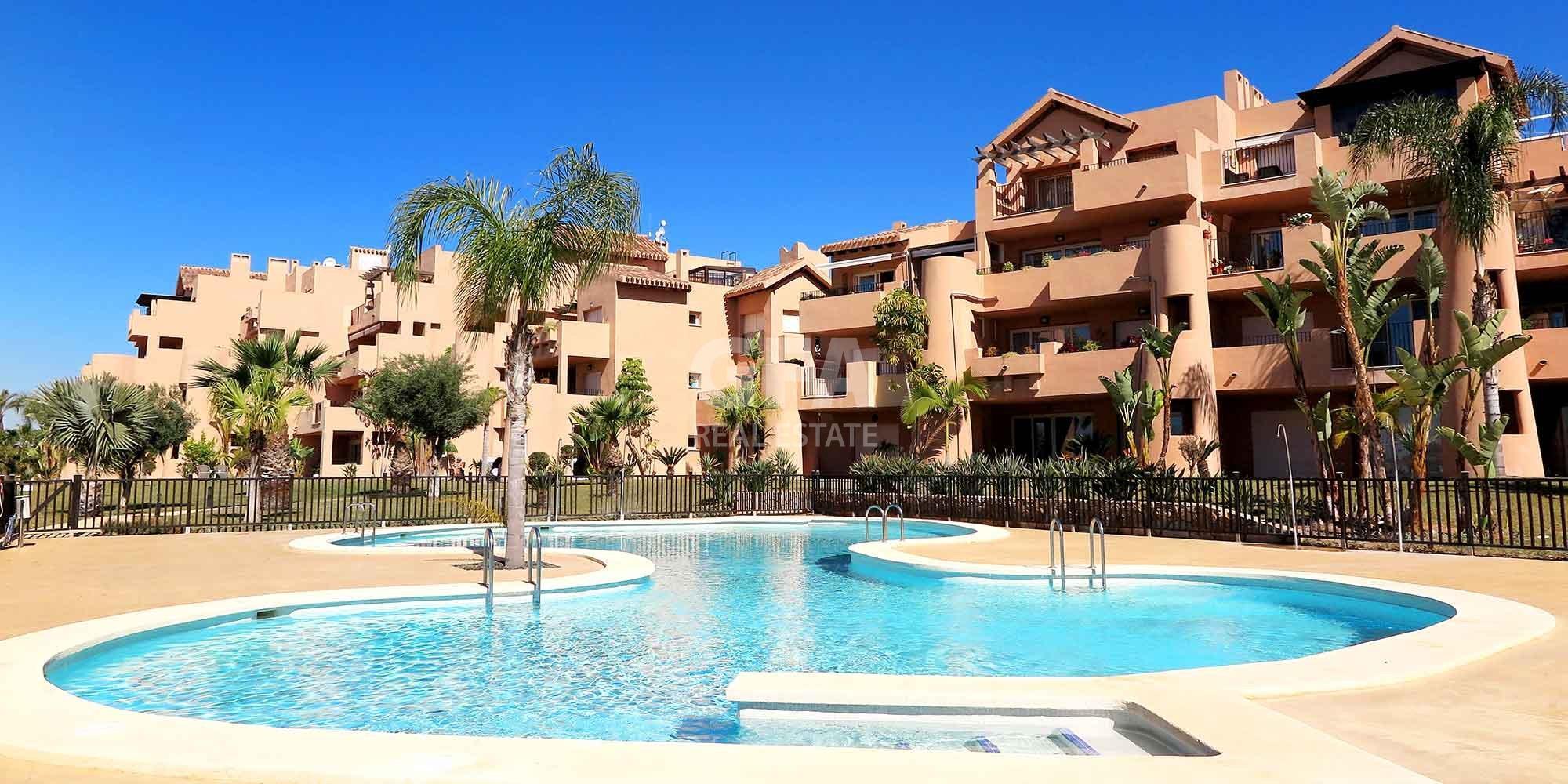 Residencial obra nueva Mar Menor Golf Resort piscina