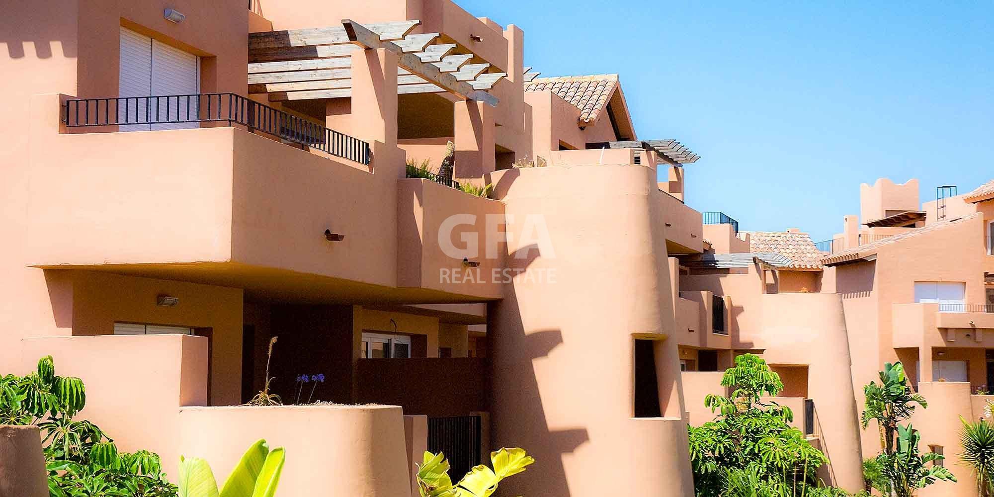 Residencial obra nueva Mar Menor Golf Resort fachada